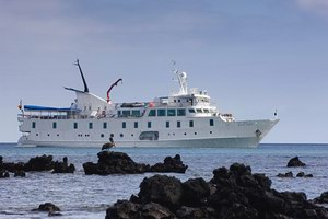 Metropolitan Touring La Pinta Expedition Cruise Ship