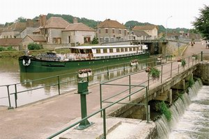 French Country Waterways Nenuphar Specialty Cruise Ship