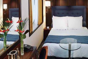 Oceania Cruises Insignia Premium Cruise Ship