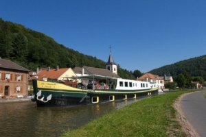 European Waterways La Nouvelle Etoile Specialty Cruise Ship