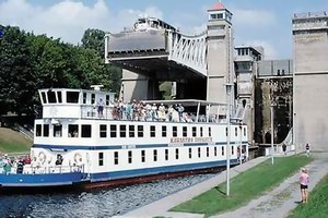 Ontario Waterway Cruises Inc Kawartha Voyageur Specialty Cruise Ship