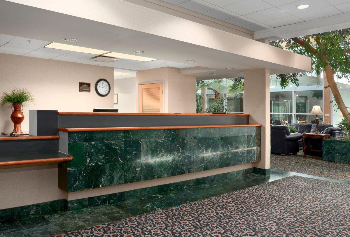 Atrium Hotel & Conference Center