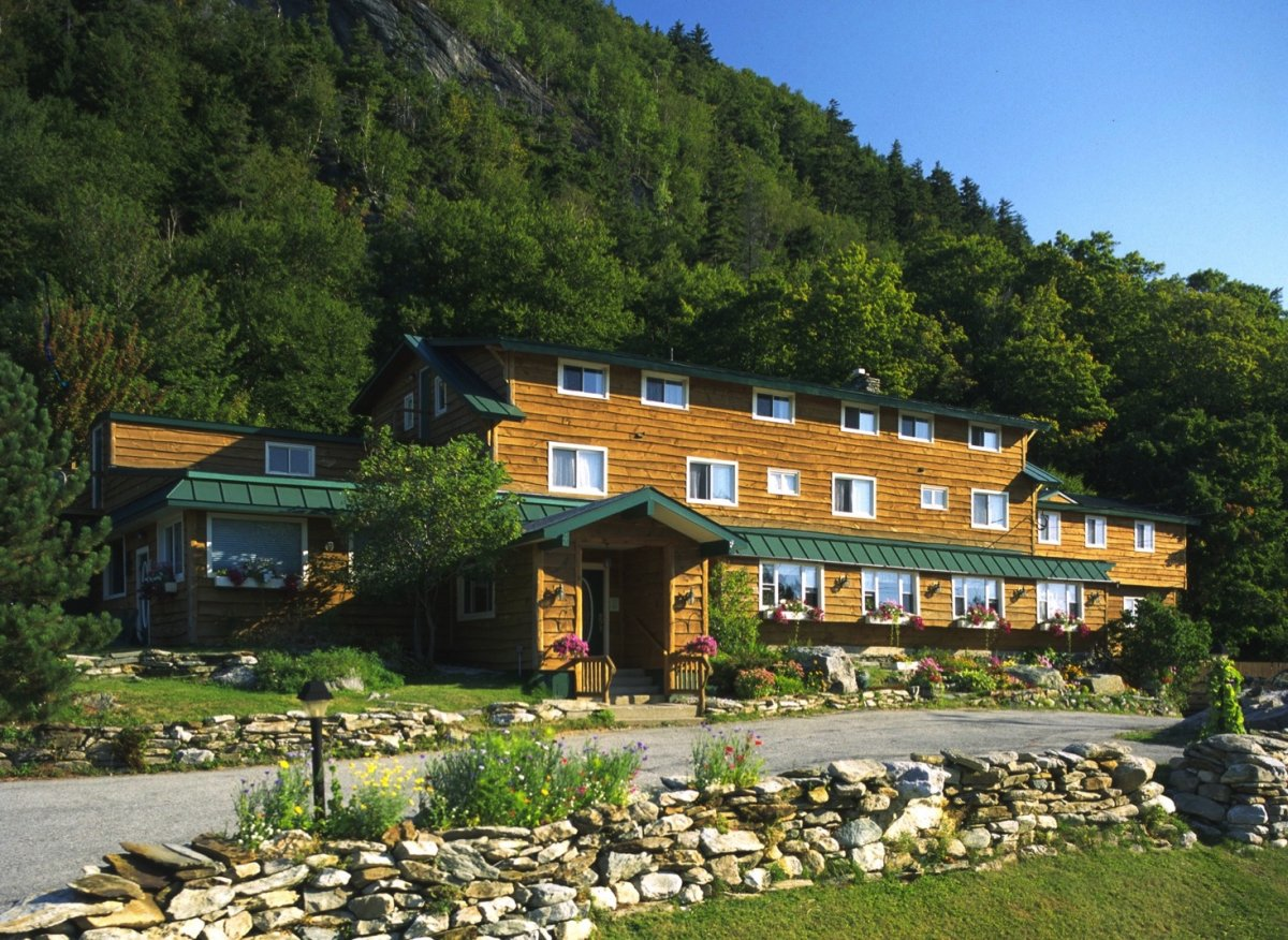 the inn at long trail killington vt hotels tourist. Black Bedroom Furniture Sets. Home Design Ideas