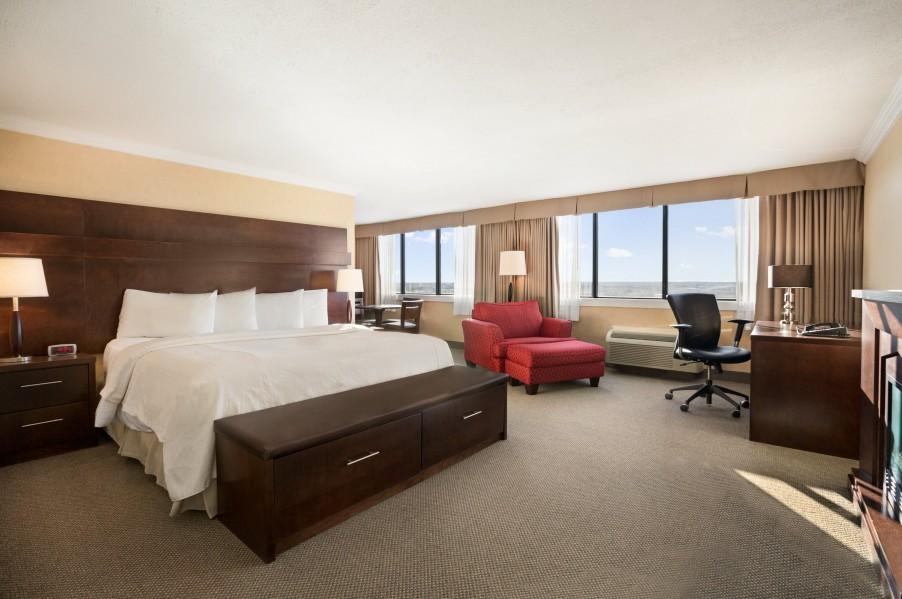 Senator Hotel & Conference Centre