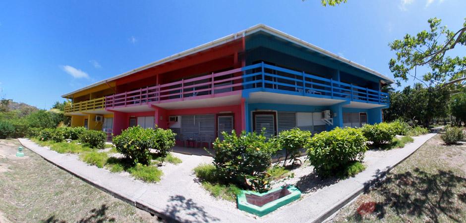 Fischer's Cove Beach Hotel