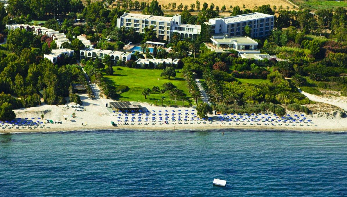 Caravia Beach Hotel & Bungalows