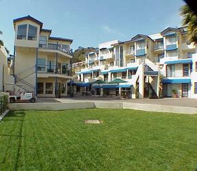 Seaport Village Inn, Avalon