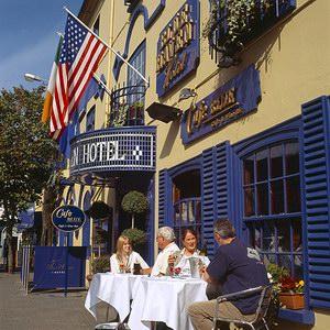 Blue Haven Hotel & Restaurant