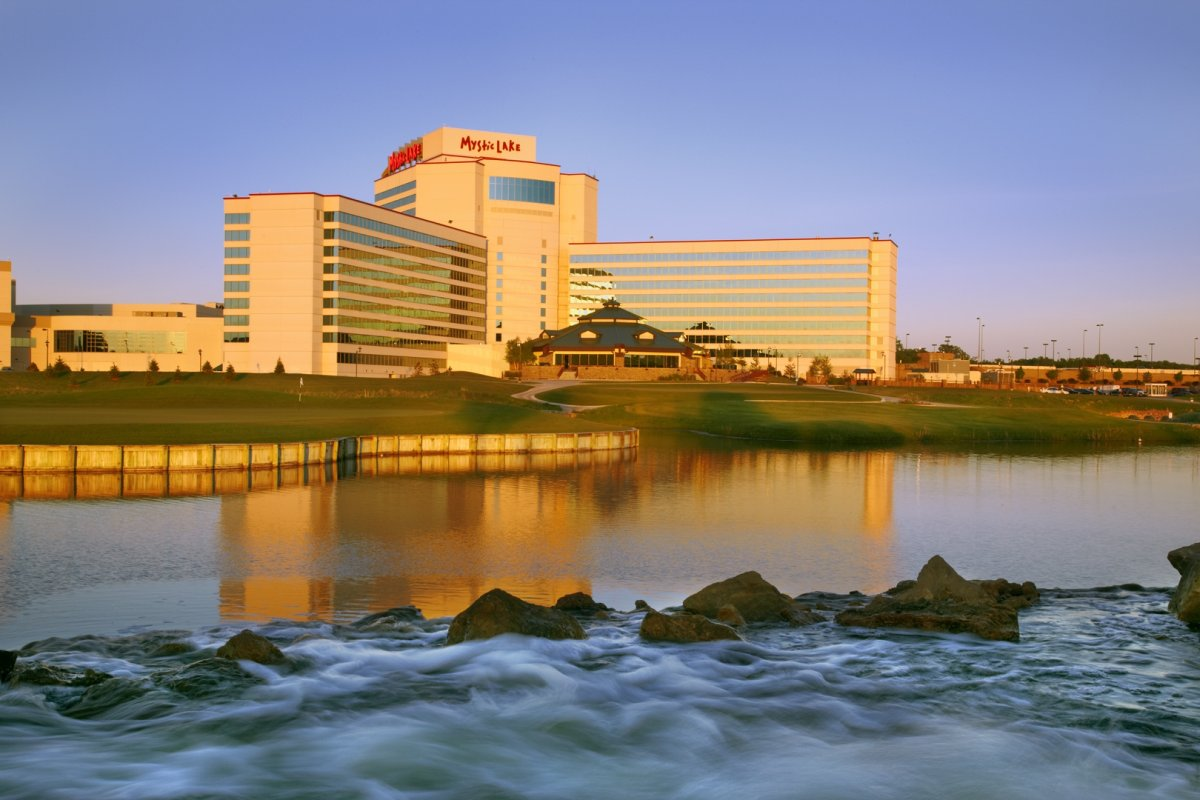 Mystic Lake Casino Hotel First Class Prior Lake Mn Hotels Gds Reservation Codes Travel Weekly