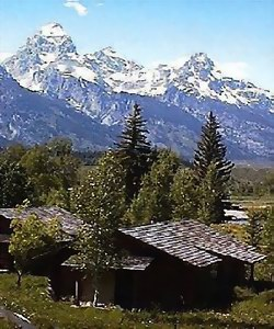 Dornan's Spur Ranch Log Cabins