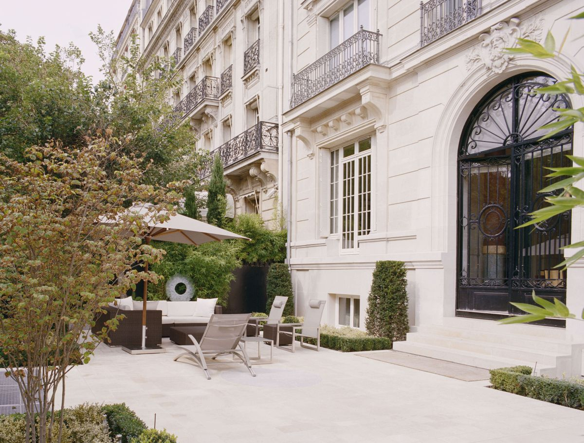 La Reserve Paris Apartments Deluxe Paris France Hotels Gds Reservation Codes Travel Weekly