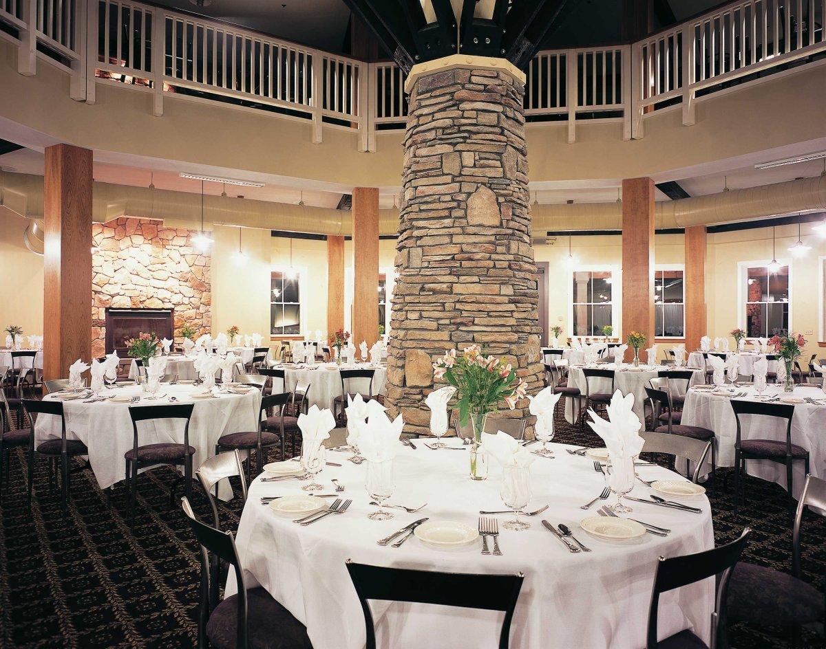 Jackson Gore Inn on Okemo Mountain