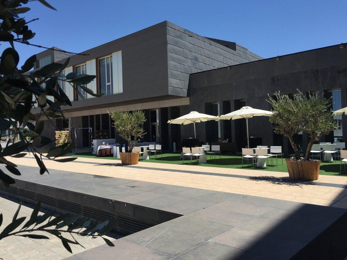 Diagonal Plaza Hotel