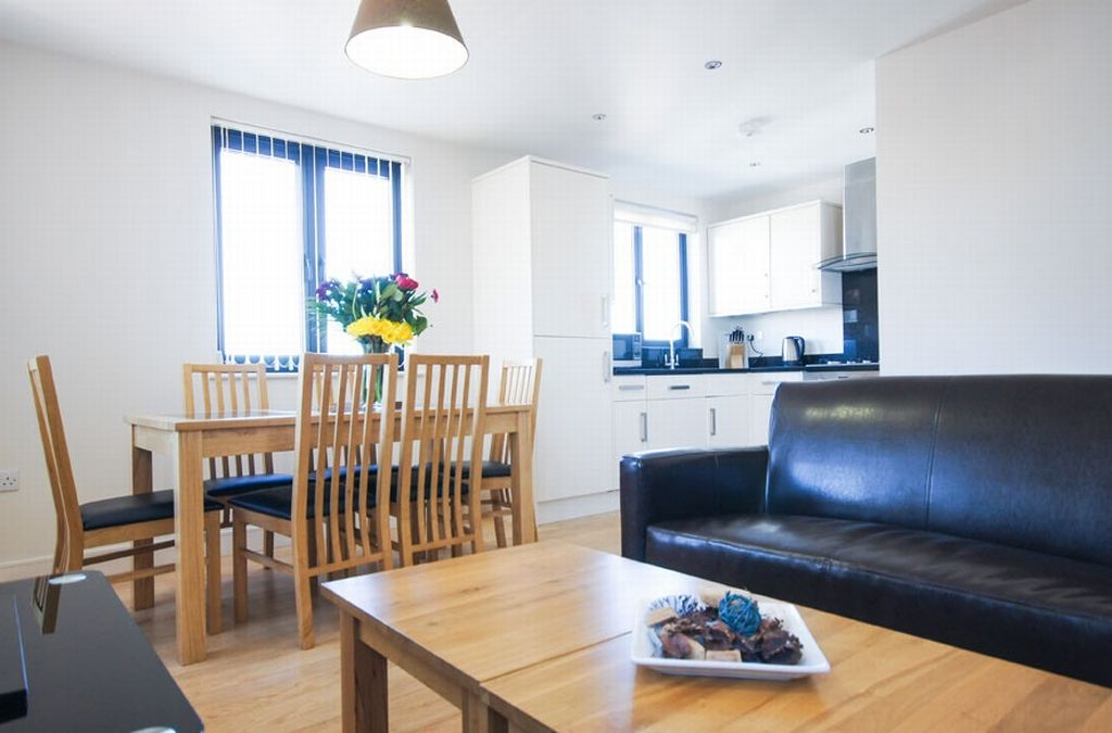 Crompton House Serviced Apartments